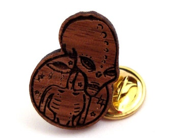 Conspire Alien Hat Pin - Sustainably Harvested Walnut