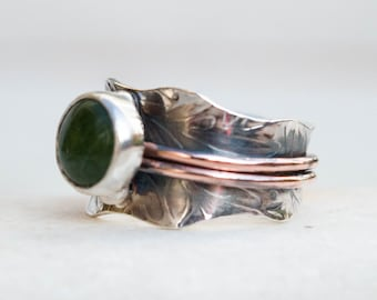 Mixed metal ring, Gemstone silver ring, Artisan ring, Silversmith contemporary jewelry,Silver and copper ring,Oxidised silver ring,Metalwork