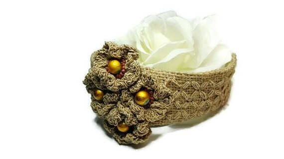 Embroidered jute cuff, bracelet with crochet flowers and golden color beads