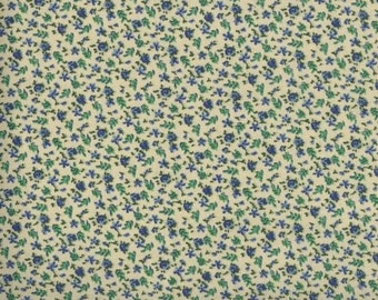 Floral Fabric, Quilters Calicos, Blue Floral Fabric, Blue Fabric, Beige and Blue Flowers, 10031