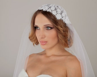 Juliet cap veil, lace cap bridal veil, wedding veil, white lace cap veil, Chantilly lace veil, l;ace veil, unique veil