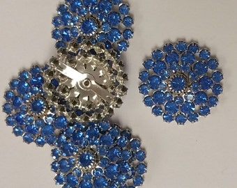 Swarovski Crystal in Sapphire Blue with a Silver Plate in a row of 4 (1)
