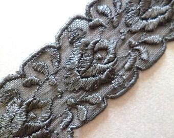 VINTAGE LACE encaje negro de seda sobre tul