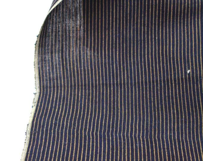 Japanese Kasuri Ikat Cotton. Indigo Striped Fabric. (Ref: 1916)