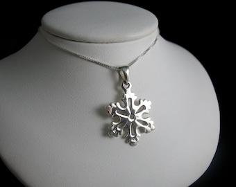 Winter Snowflake Pendant, Winter Solstice Snowlake Charm, Sterling Silver Snowflake Pendants