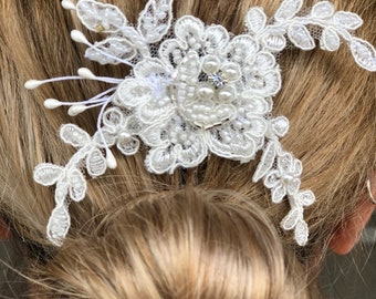 Lace Headpiece, Crystal Pearl and lace Hair Comb, Wedding Hair Comb, Bridal Lace Hairpiece, Bridal Hair Comb