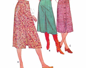 """Womens EASY UNCUT Skirt Sewing Pattern Front Slit Back Zipper Inverted Pleat Vintage 70s Size 10-12 Waist 25-28"""" (64-71 cm) McCall's 6263 S"""