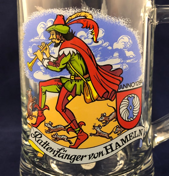 Vintage Bockling Germany Pied Piper Glass Beer Mug - Rattenfanger von Hamelin - Germany Souvenir Mug - Man with Rats, Anno 1284