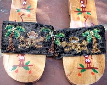 Whimsical Beaded Monkey Wood Vintage Sandals US Size 7