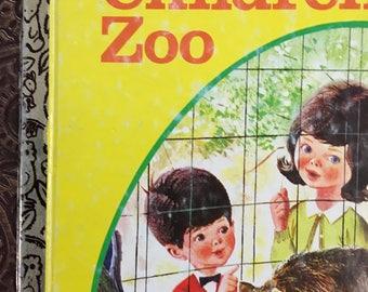 Visit to the Children's Zoo Little Golden Book Written by Barbara Shook Hazen Copyright 1963 (1974 Ninth Printing) #511 Golden Book Luv