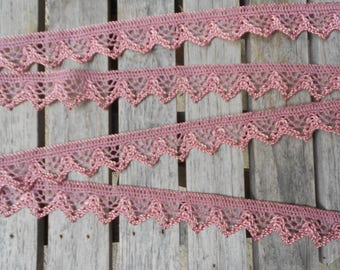 Pretty lace bobbin color old pink