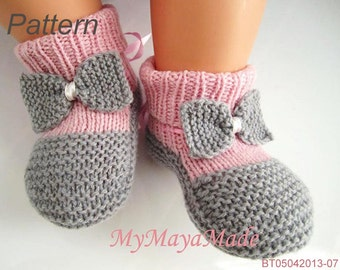 Knitting Pattern - Gray Bow Pinky Baby Booties & Socks PDF Pattern - BT05042013-07 - Instant Download