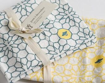 Honeycomb Kitchen Towels : Set of 2 Flour Sack Cotton Tea Towels with Honeycomb Design