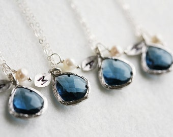 Set of 5,Bridesmaid Gift,Initialed leaf Necklace,custom birthstone in bezel,custom monogram,personalized wedding gift,personalized note card