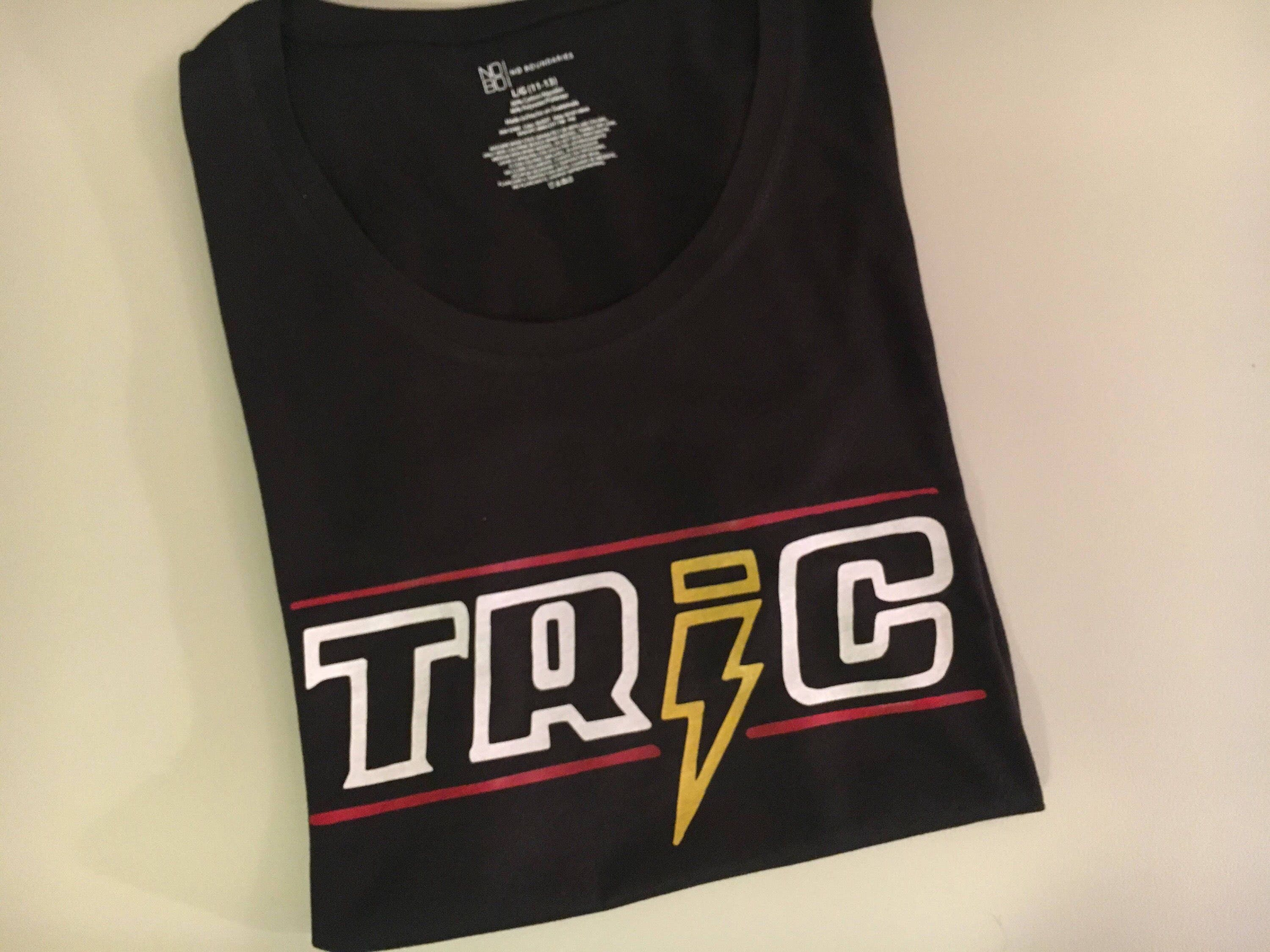 One tree hill tric t shirt description one tree hill publicscrutiny Choice Image