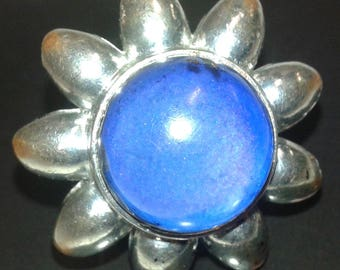Fun Collector's Item 70s Mood Ring Adjustable Silver Tone Giant Daisy