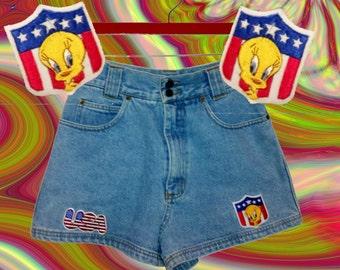 90s High Waist Shorts Looney Tunes Tweety Bird Denim Size 5