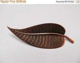 On Sale Vintage Textured Copper Leaf Pin Item K # 2886