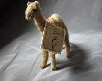 Needle Felted CAMEL - 100% alpaca wool / handmade / super soft / miniature sculpture / animal / beautiful / realistic / toy / needlefelted