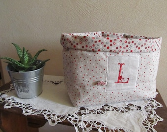 "Large Monogram ""L"", red and ecru tidy!"