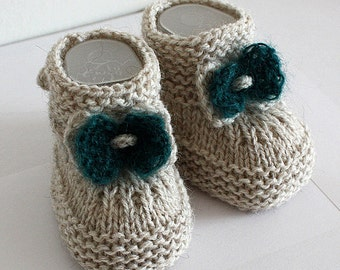 Knitting Patterns (PDF file) Baby Booties with Knitted Bow (sizes 0-6/6-12 month)