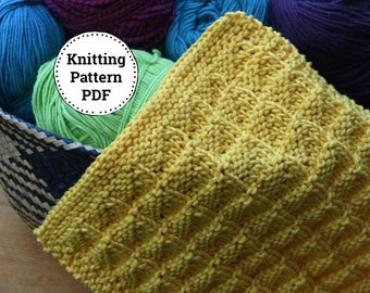 KNITTING PATTERN-Triangles All in a Row, Dishcloth Pattern