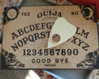 Ouija Board Game - 1992 Parker Bros. Game - Mystifying Oracle - Clean - Ready to Use and Enjoy - Original Boxed Game - Collectible Game
