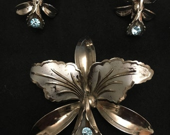 Vintage 1950s orchid brooch and earring set