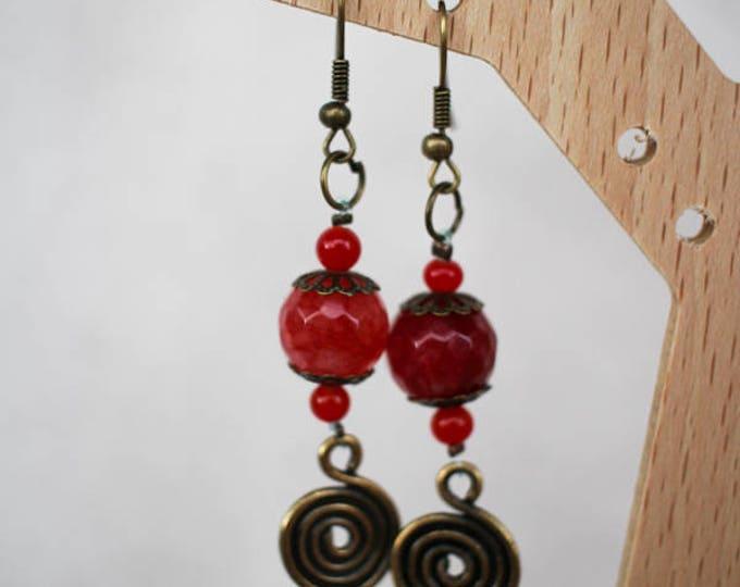 Earrings dangle earrings in red agate and Celtic medallion, primer in brass, gift for her