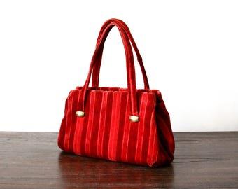 cherry red velvet handbag - velvet purse - striped - clam shell - vintage purse