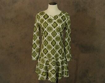 vintage 60s Dress - 1960s Green Persian Medallion Ruffled Babydoll Mini Dress Sz S