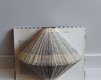 Origami book to the set