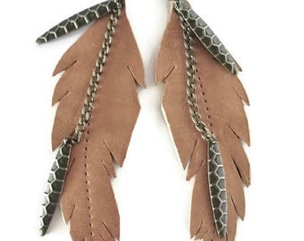 Boucles d'oreille plumes, Boucles d'oreille cuir, boucles d'oreille longues, boucles d'oreille laiton, boucles d'oreille style indien