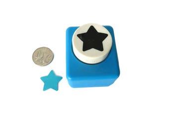 Medium Star Craft Punch for Card Making & Scrapbooking