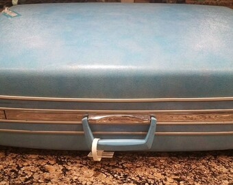 Vtg Baby Blue Samsonite Handle Wheels Silhouette Hard Side Luggage Suitcase