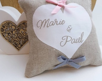 Customizable linen heart pillow