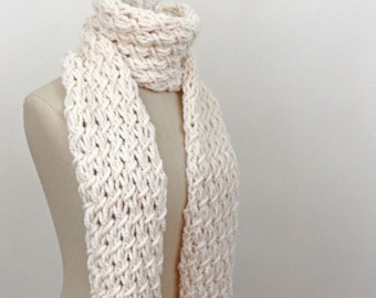 Chunky Scarf Knitting Pattern / Phydeaux Twist / PDF DIGITAL DELIVERY