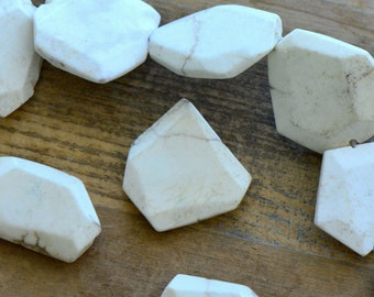 1 - LARGE Geometric Gemstone Beads - White - Gemstone Jewelry Supplies (DA212) DFLCHARM4