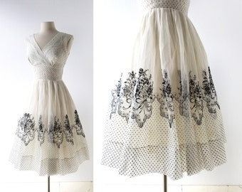Vintage 1950s Dress | Bellissima | Dotted Swiss Dress | XS S
