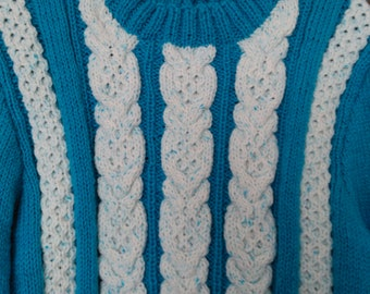 Ladies  cable  contrast  jumper.