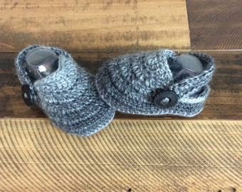 Newborn  knitted baby Moccasins,  Photo Prop,Crochet baby booties,Sandals,Baby shoes