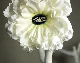 Artist  Flower Hair Clip in White