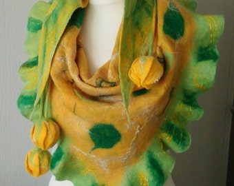 Felted 100% Wool ART Scarf,Shawl, Flowers Scarf,Bactus. Felted Flower Tulips.