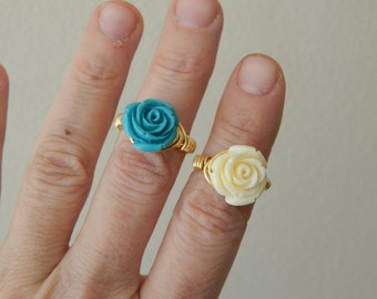 Wire wrapped rose ring, boho style, everyday ring, festival jewelry, beach chic jewelry, bridesmaid gift, flower ring, turquoise and white