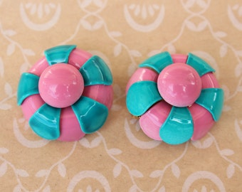 Vintage Mod Pink and Aqua Enamel Flower Clip Earrings