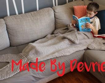 DIGITAL Download, Shark Tail Blanket, KNITTING PATTERN, knit shark blanket, shark blanket pattern,  fish tail blanket, fish blanket,