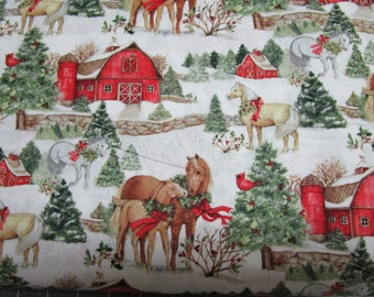 1 handmade Set of 2,4,or 6 Christmas horse Barn theme Placemats w/ Center Round made in Maine made by Carol's Country Crafts