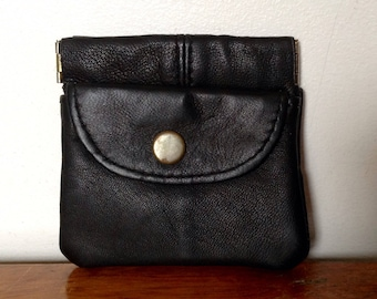 Small Vintage Leather Coin Purse. 1960's/70's.