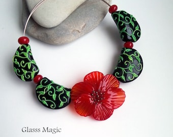 Red Flower set of lampwork beads, glass beads, murano glass, flamework, jewelry making, handmade beads, glass flower, black and red, crimson