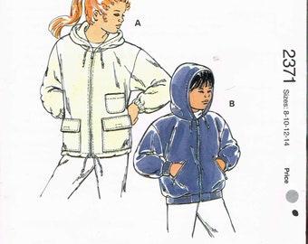 Size 8-14 Boy or Girl Zipper Front Hooded Fleece Jacket Sewing Pattern - Sewing For Children - Vintage Kwik Sew 2371